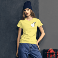photo of girl wearing a Yellow T-shirt with poetry from the lab logo